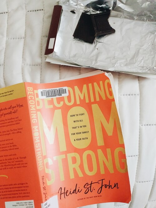 How to read more books when you are a busy mom