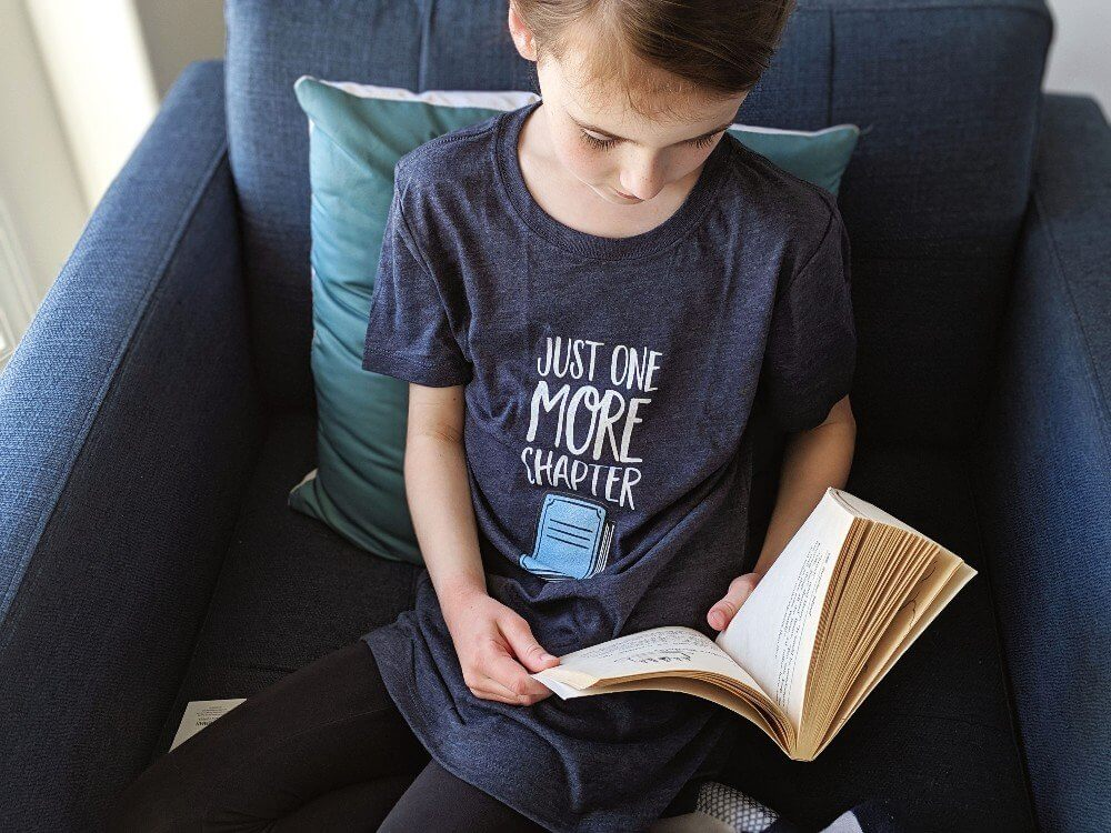 Just One More Chapter - the perfect shirt for book lovers!